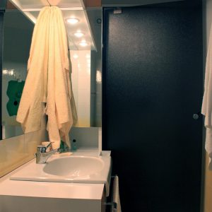 La suite - bagno con doccia / Bathroom